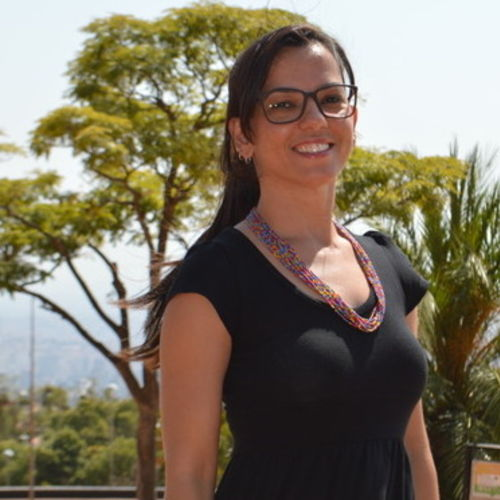 Housekeeper Provider Fabricia Almeida's Profile Picture