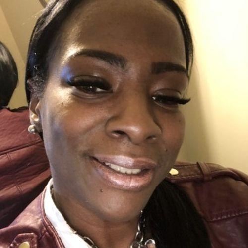 Elder Care Provider Olivia J's Profile Picture