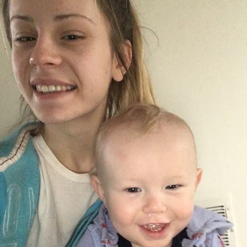 Canadian Nanny Provider Chloe Poncia-Myre's Profile Picture