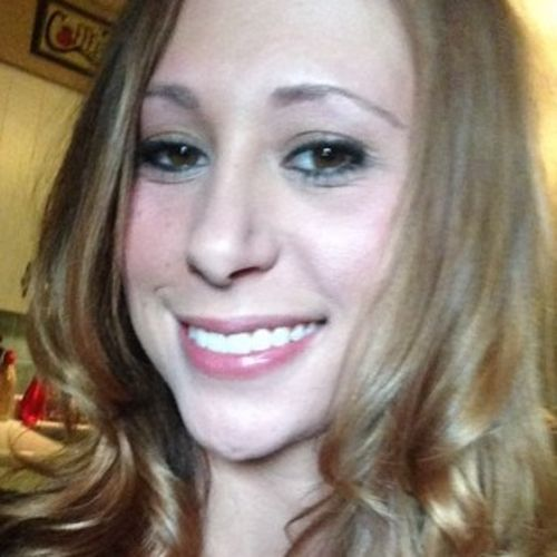 Housekeeper Provider Lauren Edwards's Profile Picture