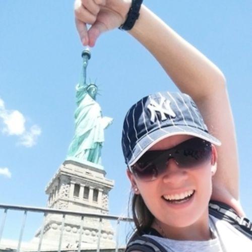 Canadian Nanny Provider Stefani Mello's Profile Picture