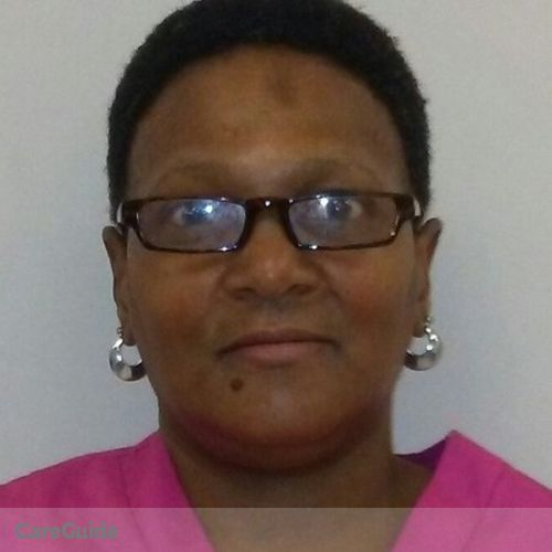 Housekeeper Provider Shannel Burton's Profile Picture