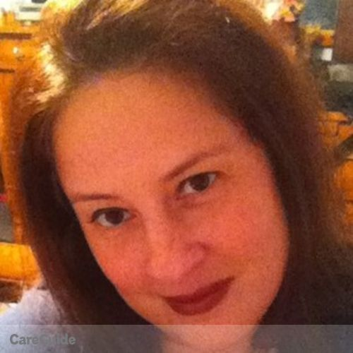 Housekeeper Provider Dana Flamburis's Profile Picture