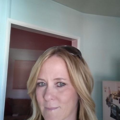 House Sitter Provider Dynette Streich's Profile Picture