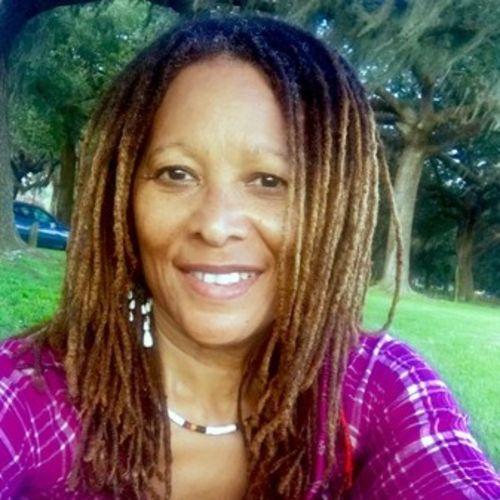 House Sitter Provider Laurinda Ballard-Boyd's Profile Picture
