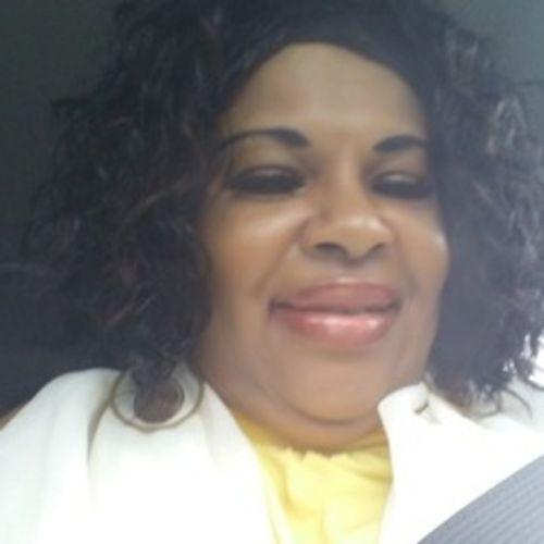 House Sitter Provider Margaret L's Profile Picture