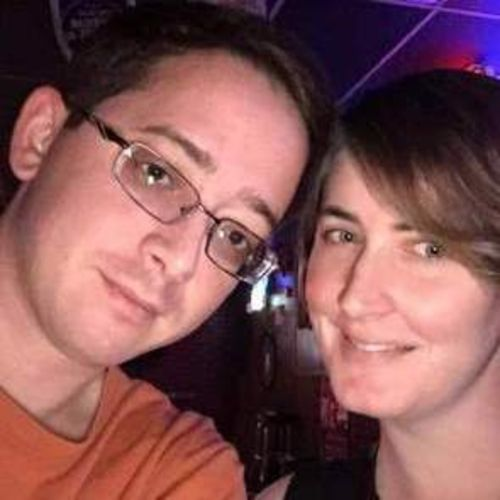 House Sitter Provider Liz and Derek B's Profile Picture