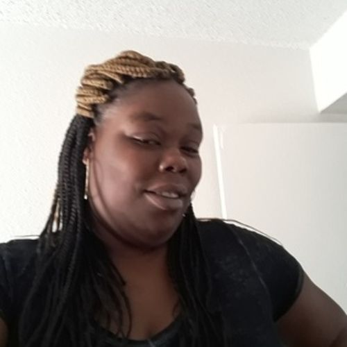 Housekeeper Provider Tomeka Ross's Profile Picture