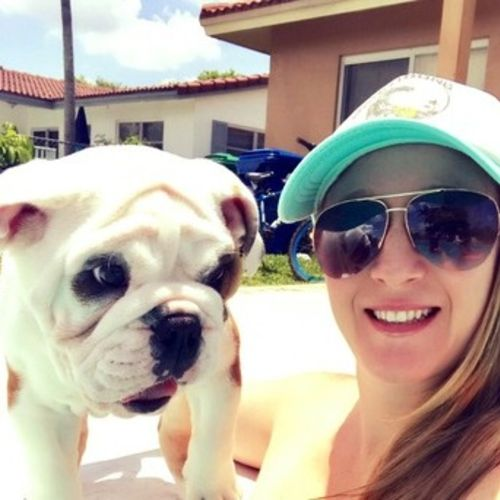 Pet Care Provider Michelle H's Profile Picture