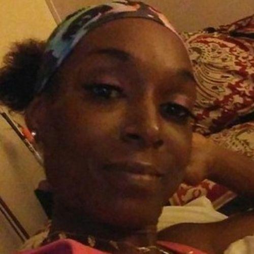 Housekeeper Provider Lakaya Dekle's Profile Picture
