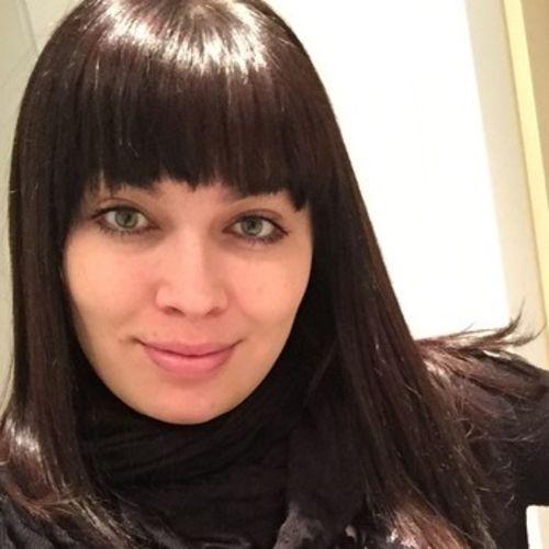 Canadian Nanny Provider Juliana W's Profile Picture
