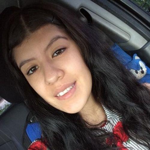 House Sitter Provider Luna P's Profile Picture