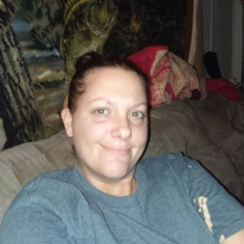 Housekeeper Provider Stephanie Roberts's Profile Picture
