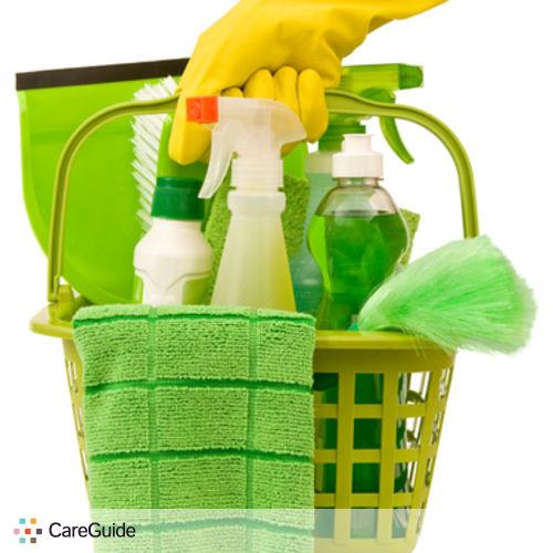Housekeeper Provider Elena Di's Profile Picture