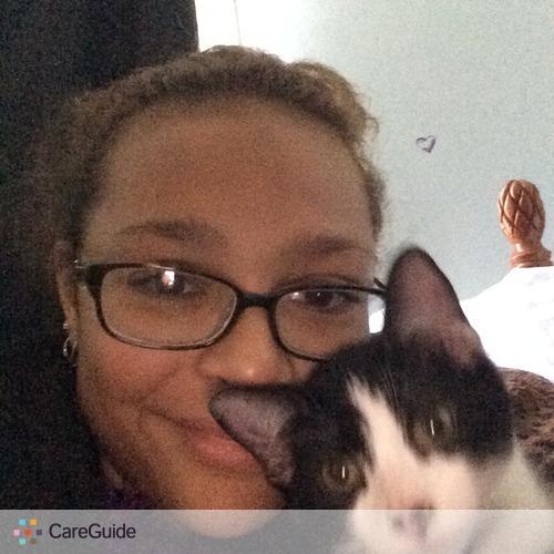 Pet Care Provider Carrie Paris's Profile Picture