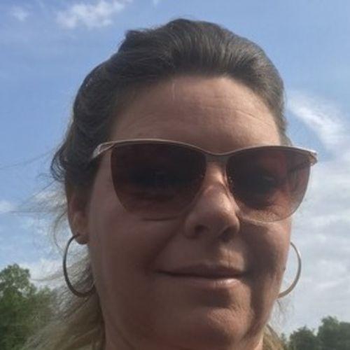 Housekeeper Provider Renee Jeffries's Profile Picture