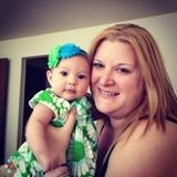 Babysitter, Nanny in Warrenville