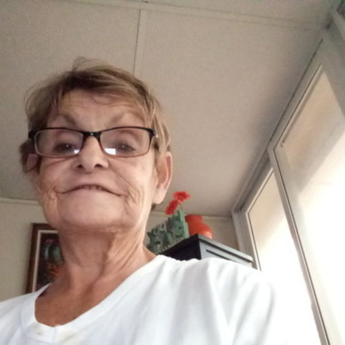 Port Richey In Home Caregiver Looking For Being Hired