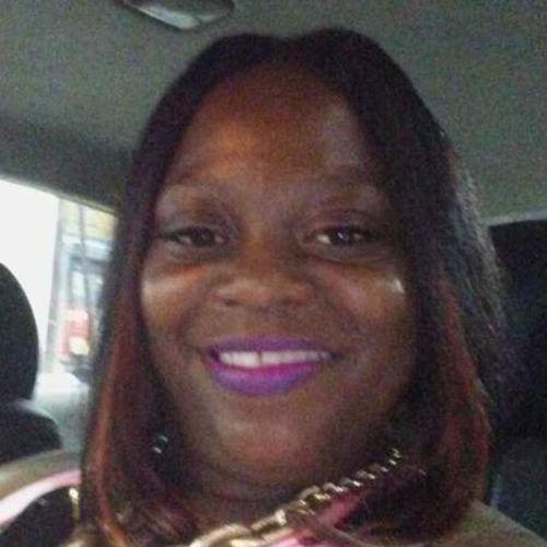 Elder Care Provider Chandra T's Profile Picture