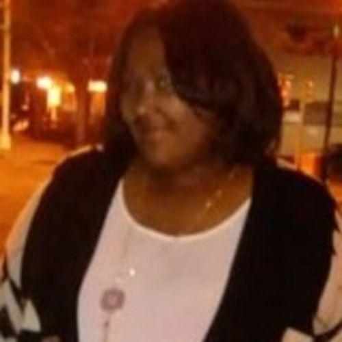 Housekeeper Provider Shahada Robinson's Profile Picture