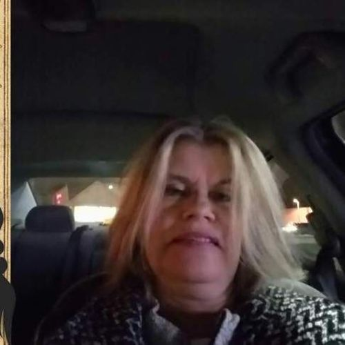 House Sitter Provider Kim Rouleau's Profile Picture
