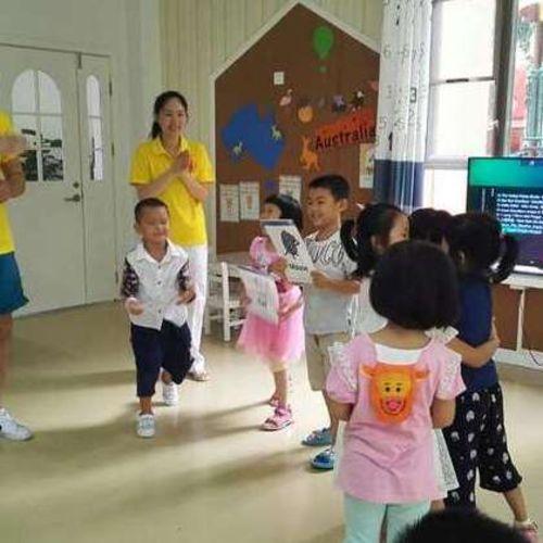 Canadian Nanny Provider Chunyan L Gallery Image 3