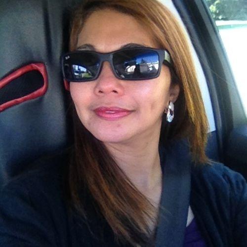 Canadian Nanny Provider Elcizar P's Profile Picture