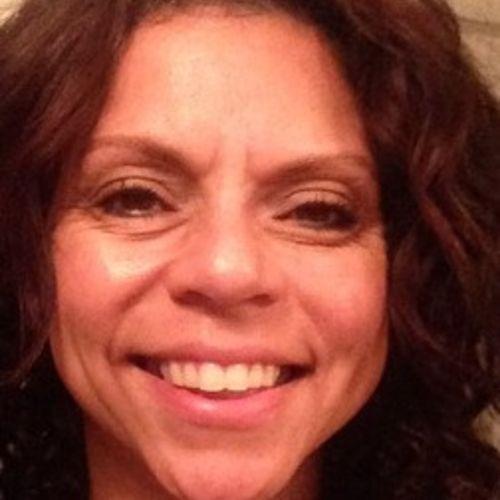 House Sitter Provider Naomi Gomez's Profile Picture