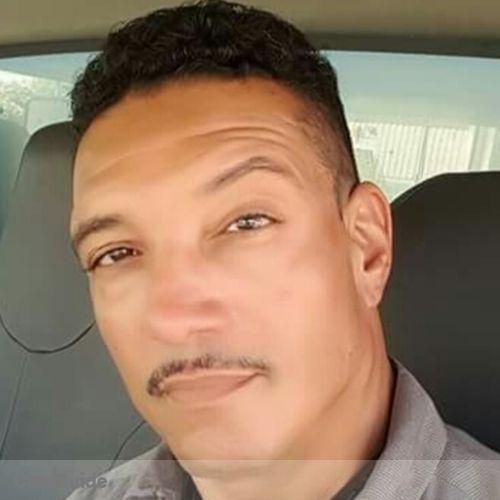 House Sitter Provider Darren Negron's Profile Picture