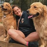 Hi! Im an experienced pet sitter/walker & would love to take care of your fur babies!