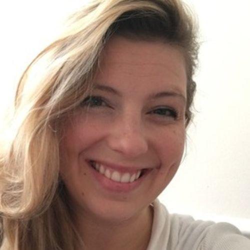 House Sitter Provider Elizabeth Boyle Hall's Profile Picture