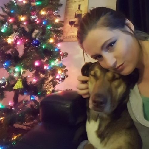 Pet Care Provider Chelsea J's Profile Picture