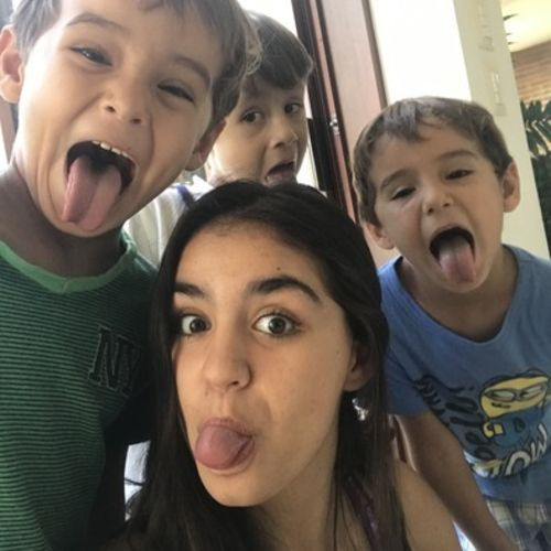 Experienced nanny, looking for a job.