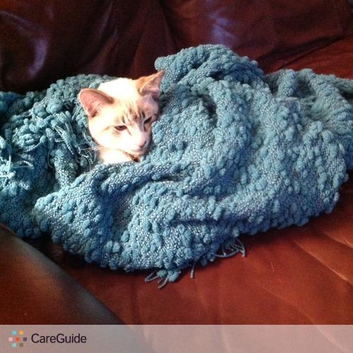 Pet Care Provider Edith Aranda's Profile Picture
