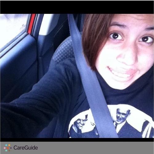 Pet Care Provider Denise Flores's Profile Picture