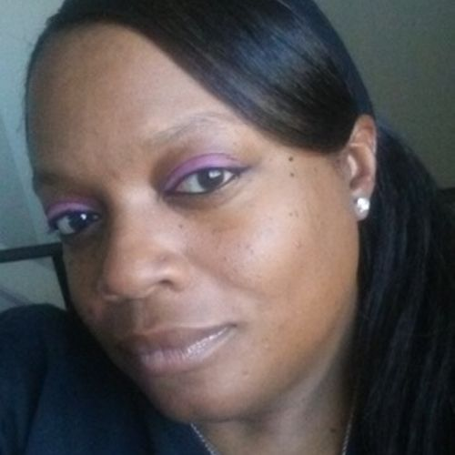 Housekeeper Provider Denikia Straughter's Profile Picture