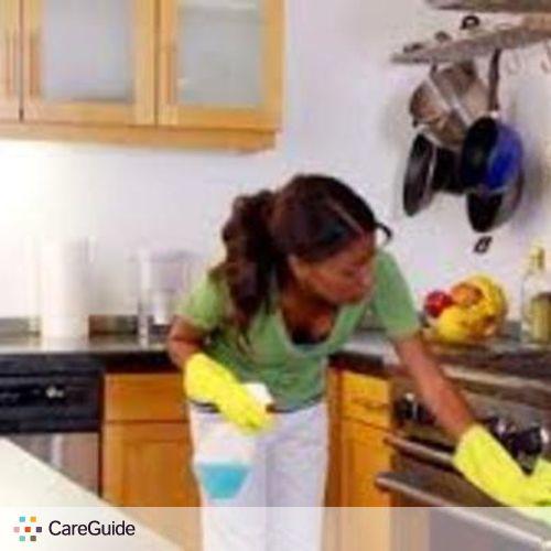 Housekeeper Provider Sasha Mayas's Profile Picture