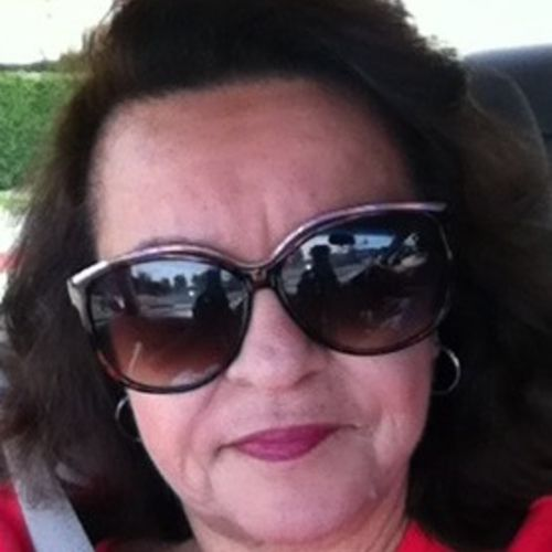 House Sitter Provider Mayra I's Profile Picture
