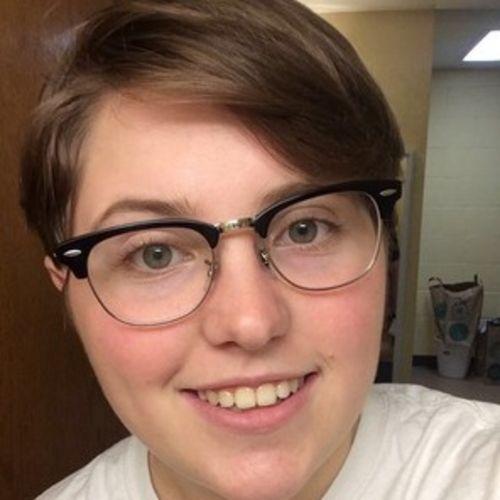 House Sitter Provider Monica M's Profile Picture