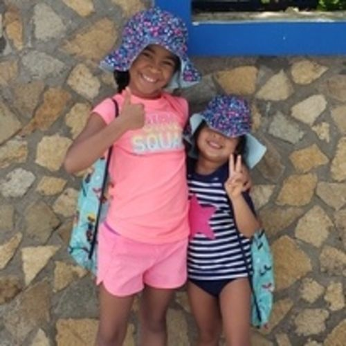Young family with 2 playful girls ages 7 and 3 living in the Oakville area.