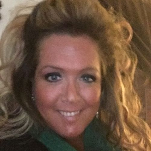 Elder Care Provider Lindsey W's Profile Picture