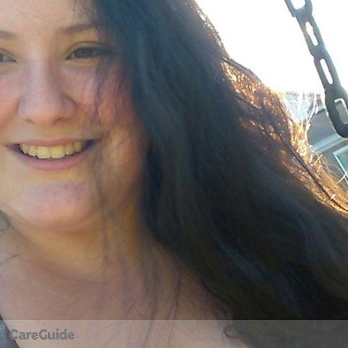 Pet Care Provider Moira Navarro's Profile Picture