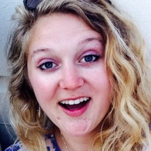 Pet Care Provider Lauren K's Profile Picture