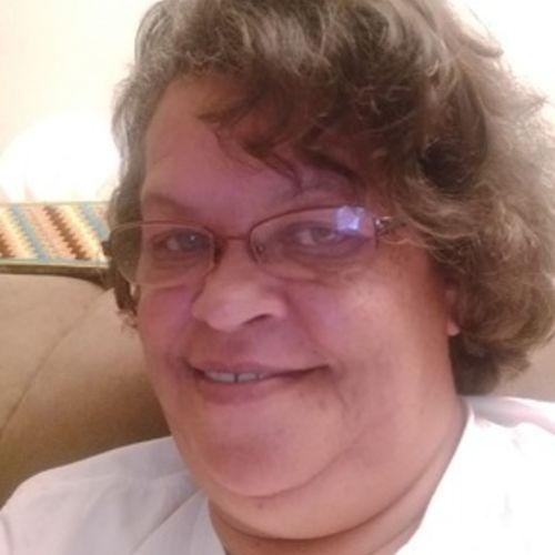 Housekeeper Provider Linda Sturdivant's Profile Picture