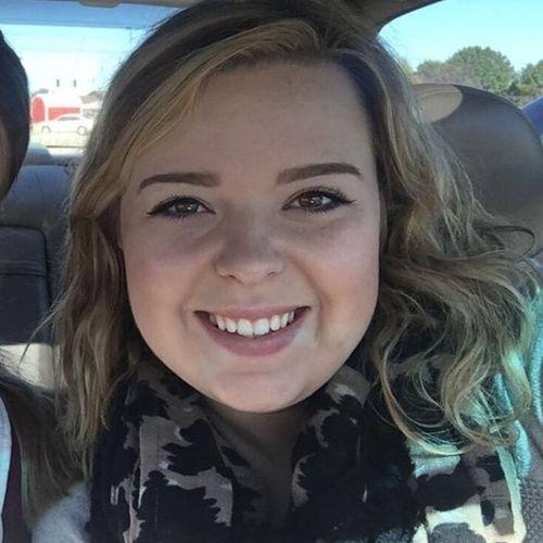 Pet Care Provider Emily Scholten's Profile Picture