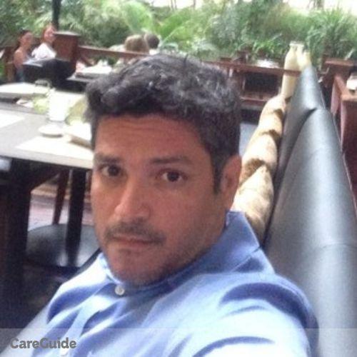 Pet Care Provider Azael Alvarez's Profile Picture