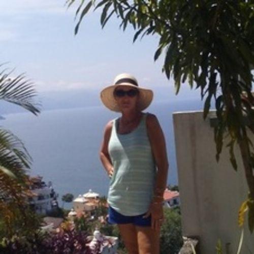 House Sitter Provider Christina D's Profile Picture