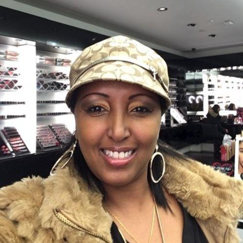 Canadian Nanny Provider Nasra F's Profile Picture