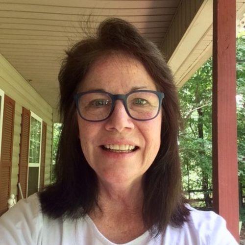 Pet Care Provider Lauren Rieth's Profile Picture