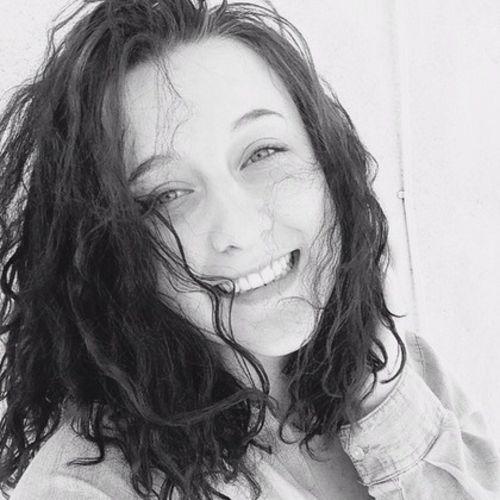 House Sitter Provider Jen C's Profile Picture